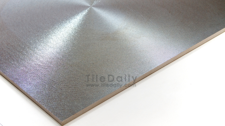 Radius Metallic Porcelain Tile