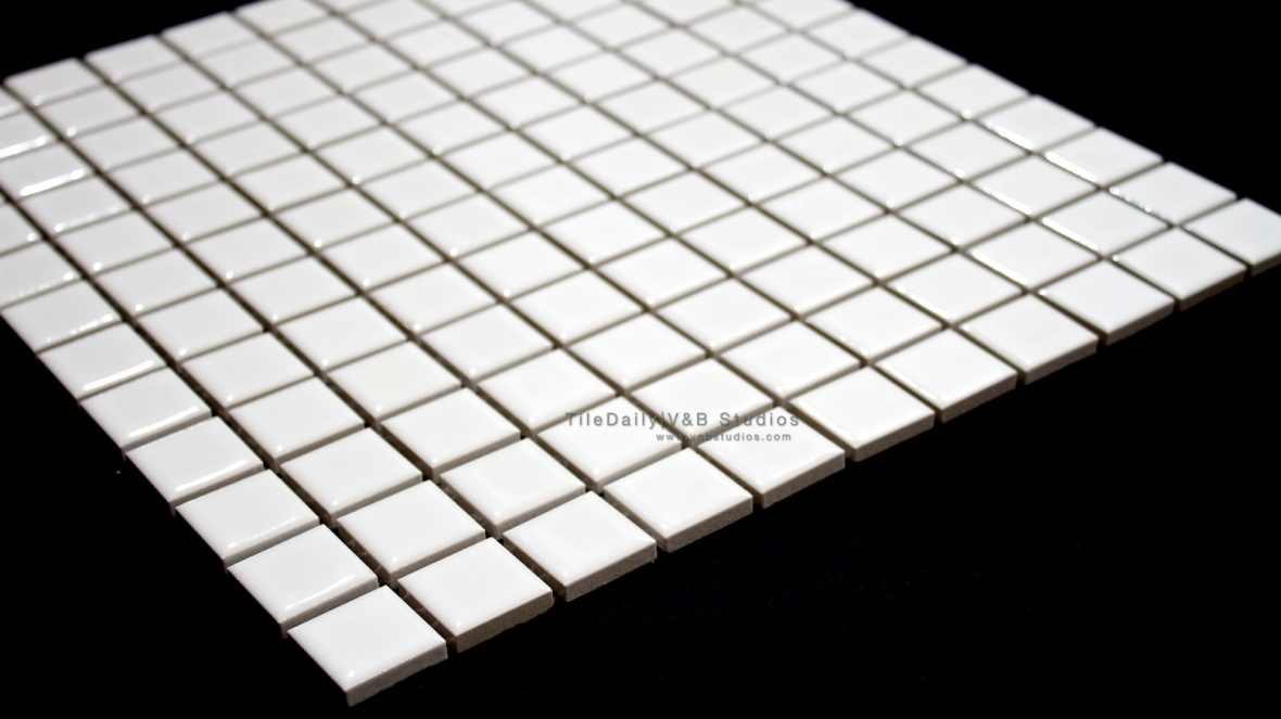 1x1 Matte White Square Porcelain Mosaic Tile. Available in Glossy white finish.