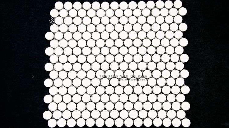 PM0031WE - Penny Round Porcelain Mosaic, White