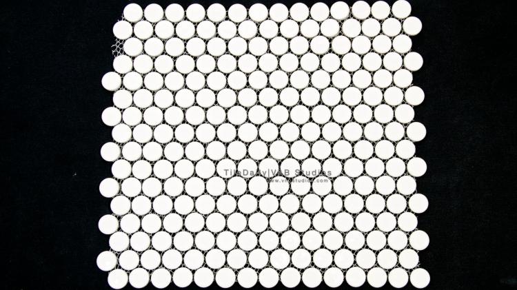 PM0031WE - Penny Round Porcelain Mosaic, White