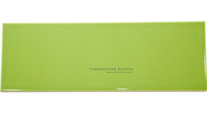 P0035GN - Colori Large Subway Tile, Green