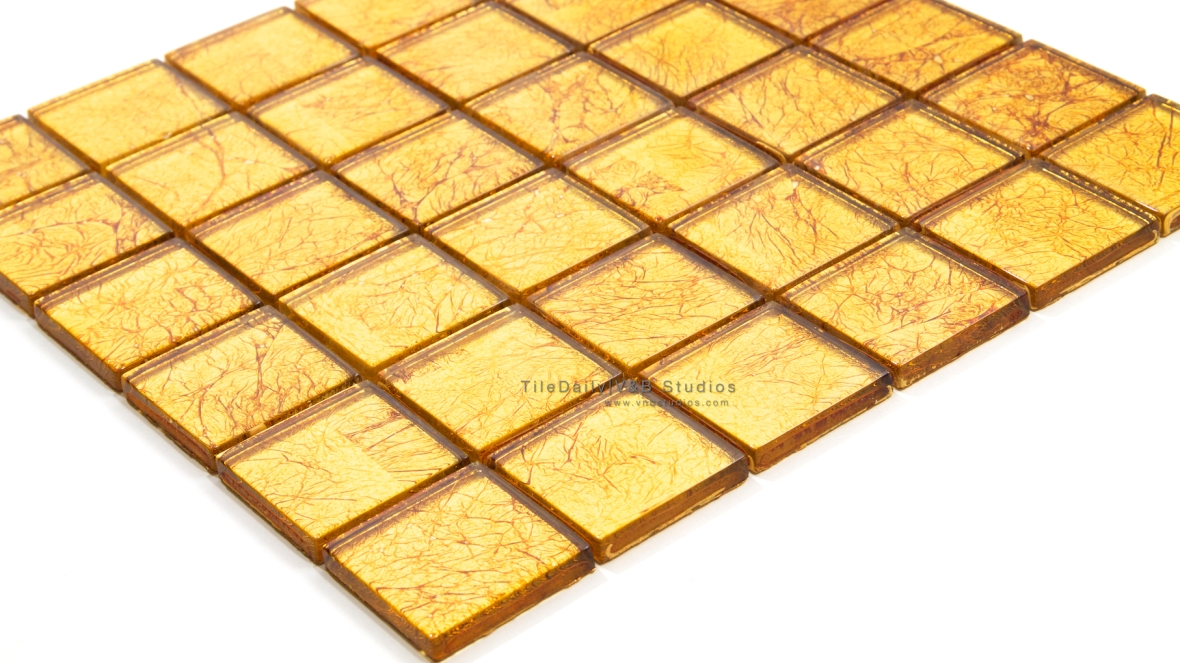 GM0068 - 2x2 Gold Foil Square Glass Mosaic
