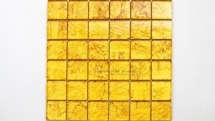 GM0068 - 2x2 Gold Foil Square Glass Mosaic