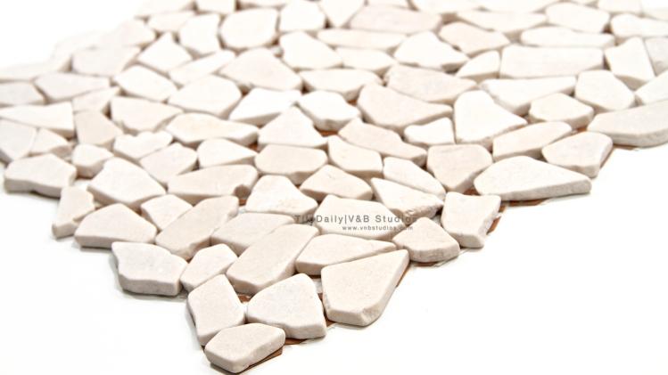 N0018LBG - Random Cut Marble Mosaic, Crema Marfil