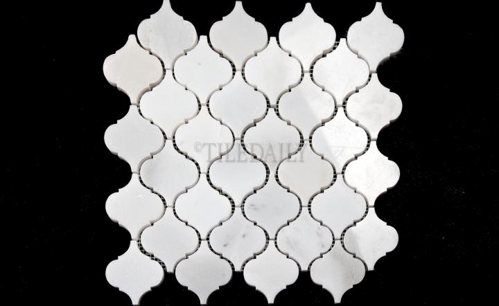 """NS0073WC- 2.75"""" White Carrara Lantern Marble Mosaic (less vein)"""