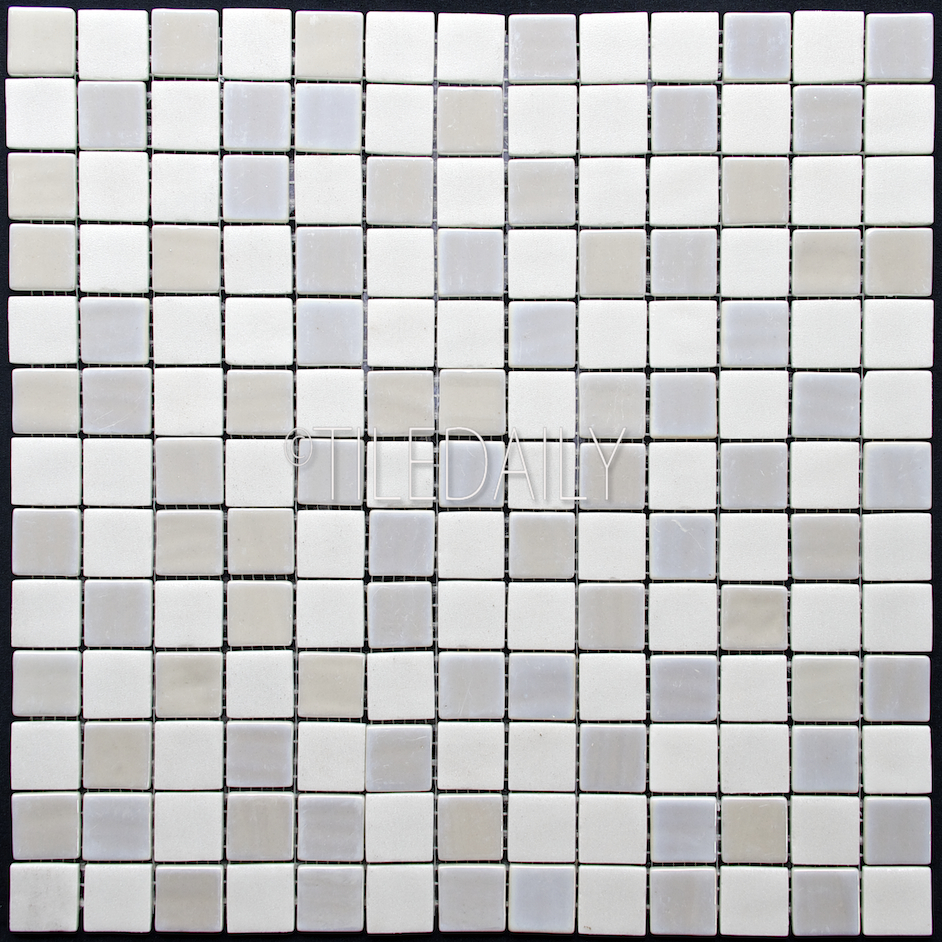GM0128-1 - Iridium square Glass Mosaic, White