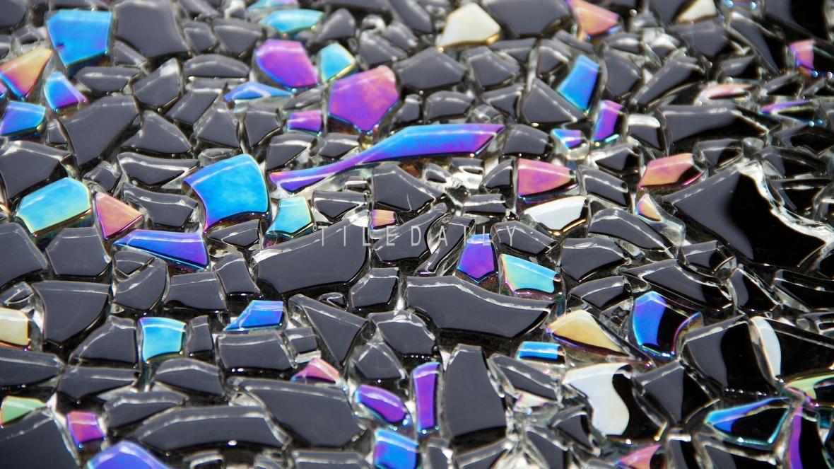 GM0093BK - Iridescent Black Jagged Crystal Glass Mosaic