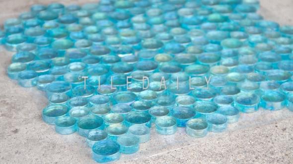 GM0108TQ - Iridescent Random Circles Glass Mosaic - Turquoise